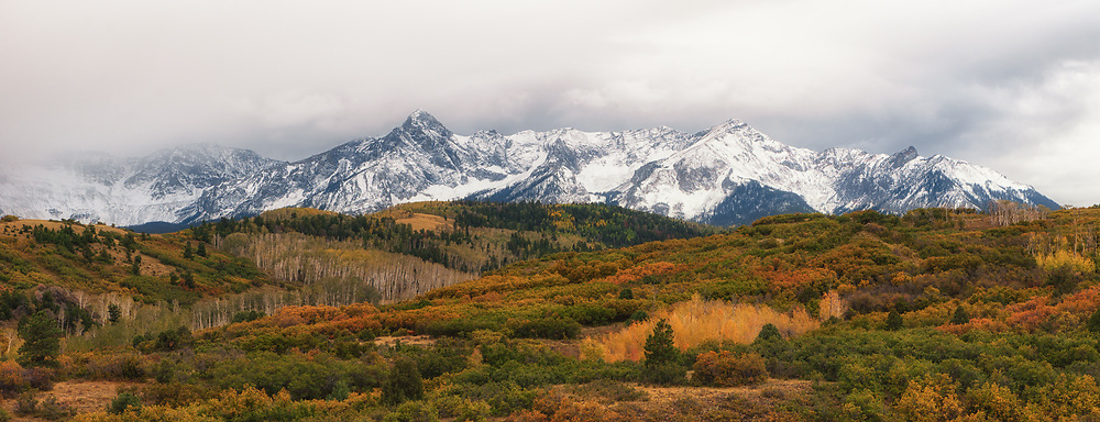An early morning shot of the Dallas Divide during autumn.