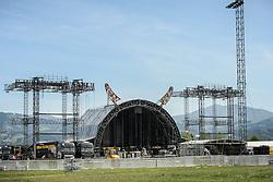 12.05.2015, Red Bull Ring, Spielberg, AUT, AC DC, Rock or Bust Tour, Spielberg, Vorbericht, im Bild eine Übersicht über das Konzertgelände. Spielberg rüstet sich für das größte Konzert des Jahres. Die australische Band AC/DC gastiert im Zuge ihrer Rock or Bust World Tour am 14. Mai in Spielberg // Preparations for the AC/DC Concert of the Rock or Bust Tour at the Red Bull Ring, Spielberg, Austria on 2015/05/12. EXPA Pictures © 2015, PhotoCredit: EXPA/ Sandro Zangrando