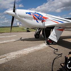 Big Frog, un grand défi français, sportif technologique et environnemental. 75 ans après l'exploit de Michel Détroyat, 4 français décident de relever le défi et constituent la Big Frog Team pour gagner les Reno Air Race, la course la plus rapide du monde, en septembre 2011.<br /> juin 2011 / Le Bourget / Seine-Saint-Denis (93) / FRANCE<br /> Cliquez ci-dessous pour voir le reportage complet (71 photos) en accès réservé<br /> http://sandrachenugodefroy.photoshelter.com/gallery/2011-06-Big-Frog-Pylon-Racing-Team-au-Salon-du-Bourget-Complet/G0000Lo3wz86gA1U/C0000yuz5WpdBLSQ