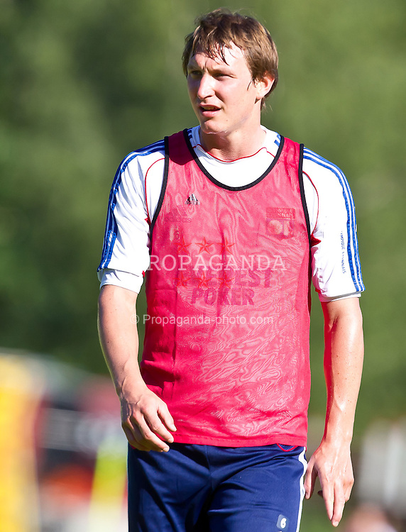04.07.2011, Alois Latini Stadion, Zell am See, AUT, Olympique Lyon, Training, im Bild Kim Källström, Olympique Lyon // during a training session of AUT, Olympique Lyon, in Zell am See, Austria on 2011/07/04, EXPA Pictures © 2011, PhotoCredit: EXPA/ J. Feichter