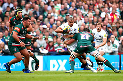 Jonathan Joseph of Bath Rugby is tackled by Dom Barrow of Leicester Tigers - Mandatory by-line: Robbie Stephenson/JMP - 03/09/2017 - RUGBY - Welford Road - Leicester, England - Leicester Tigers v Bath Rugby - Aviva Premiership