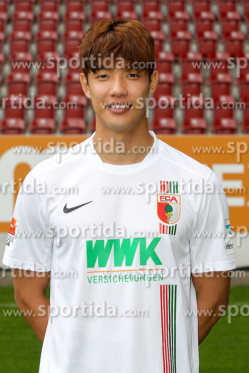 08.07.2015, WWK Arena, Augsburg, GER, 1. FBL, FC Augsburg, Fototermin, im Bild Jeong-Ho Hong #20 (FC Augsburg) // during the official Team and Portrait Photoshoot of German Bundesliga Club FC Augsburg at the WWK Arena in Augsburg, Germany on 2015/07/08. EXPA Pictures &copy; 2015, PhotoCredit: EXPA/ Eibner-Pressefoto/ Kolbert<br /> <br /> *****ATTENTION - OUT of GER*****