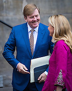 15-12-2016 AMSTERDAM - King Willem-Alexander and Maxima Queen and Their Royal Highnesses Princess Beatrix, Prince Constantijn and Princess Laurentien and Princess Mabel are Thursday December 15 at the Royal Palace in Amsterdam at the presentation of the Prince Claus Award 2016 Thai filmmaker and artist Apichatpong Weerasethakul. Prince Constantijn presented as honorary chairman of the Prince Claus Fund in the price. Besides the main laureate also received five other winners their prizes from Prince Constantijn.COPYRIGHT ROBIN UTRECHT<br /> <br /> 15-12-2016 AMSTERDAM - Koning Willem-Alexander en Koningin Maxima en Hunne Koninklijke Hoogheden Prinses Beatrix, Prins Constantijn, Prinses Laurentien en Prinses Mabel zijn donderdagmiddag 15 december in het Koninklijk Paleis Amsterdam aanwezig bij de uitreiking van de Grote Prins Claus Prijs 2016 aan de Thaise filmmaker en artiest Apichatpong Weerasethakul. Prins Constantijn reikt als erevoorzitter van het Prins Claus Fonds de prijs uit. Naast de hoofdlaureaat ontvangen ook de vijf andere laureaten hun prijs uit handen van Prins Constantijn.COPYRIGHT ROBIN UTRECHT