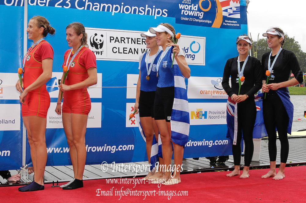 Amsterdam, NETHERLANDS, BLW2X  Medal  ceromony, 2011 FISA World Rowing Championships, Sunday, 24/07/2011 [Mandatory credit:  Intersport Images].