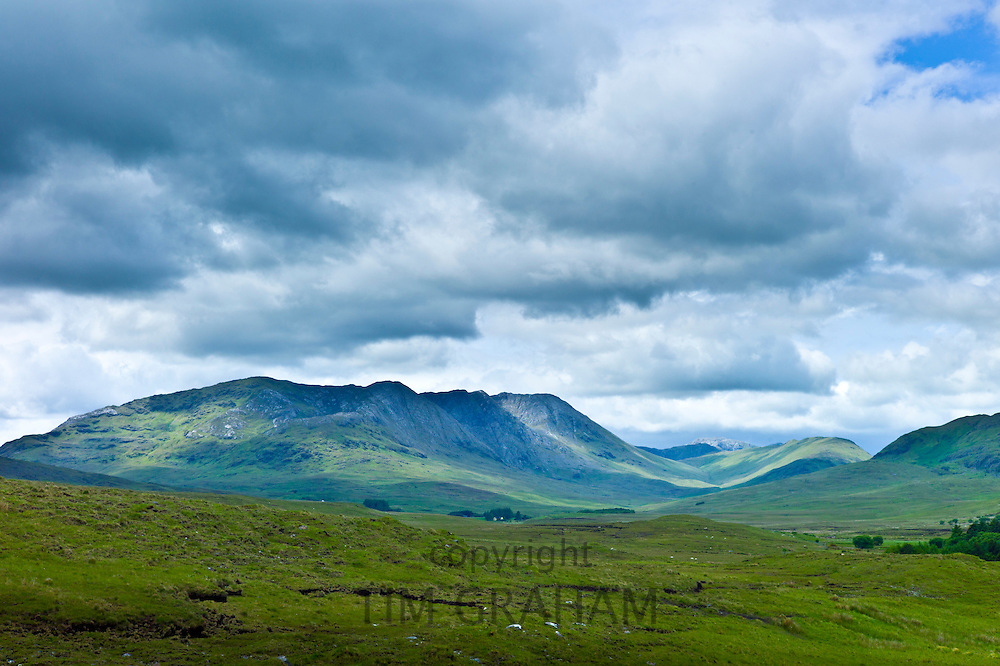 The Twelve Bens mountain range, Connemara National Park, County Galway, Ireland