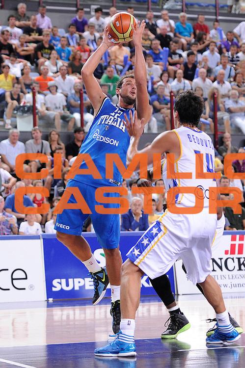 DESCRIZIONE : Rimini Trofeo Tassoni Italia Bosnia Italy Bosnia<br /> GIOCATORE : Marco Belinelli<br /> CATEGORIA : tiro<br /> SQUADRA : Nazionale Italia Uomini <br /> EVENTO : Trofeo Tassoni<br /> GARA : Italia Bosnia<br /> DATA : 12/08/2011<br /> SPORT : Pallacanestro<br /> AUTORE : Agenzia Ciamillo-Castoria/C.De Massis<br /> Galleria : Fip Nazionali 2011 <br /> Fotonotizia : Rimini Trofeo Tassoni Italia Bosnia Italy Bosnia<br /> Predefinita :