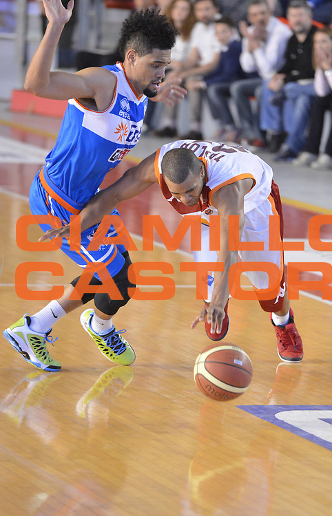 DESCRIZIONE : Roma Lega A 2012-2013 Acea Roma Enel Brindisi<br /> GIOCATORE : Jordan Taylor<br /> CATEGORIA : equilibrio palleggio<br /> SQUADRA : Acea Virtus Roma<br /> EVENTO : Campionato Lega A 2012-2013 <br /> GARA : Acea Roma Enel Brindisi<br /> DATA : 21/04/2013<br /> SPORT : Pallacanestro <br /> AUTORE : Agenzia Ciamillo-Castoria/GiulioCiamillo<br /> Galleria : Lega Basket A 2012-2013  <br /> Fotonotizia : Roma Lega A 2012-2013 Acea Roma Enel Brindisi<br /> Predefinita :