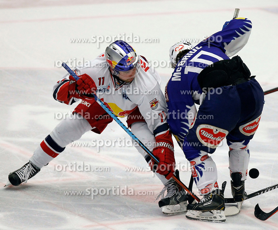 21.11. 2014, Stadthalle, Villach, AUT, EBEL, EC VSV vs EC Red Bull Salzburg, 19. Runde, im Bild v.l.Ben Walter (EC RBS) und Brock McBride (VSV) // during the Erste Bank Icehockey League 19th round match between EC VSV vs EC Red Bull Salzburg at the City Hall in Villach, Austria on 2014/11/21, EXPA Pictures © 2014, PhotoCredit: EXPA/ Oskar Hoeher