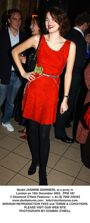 Model JASMINE GUINNESS, at a party in London on 10th December 2003.  PPM 187