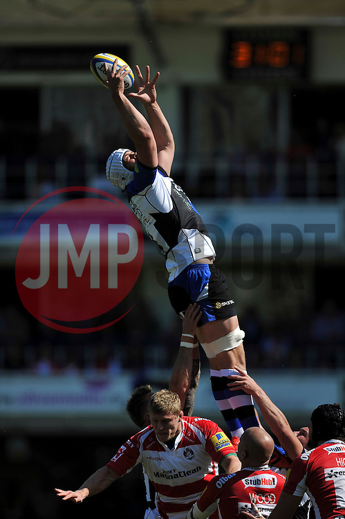 Dave Attwood of Bath Rugby wins the ball at a lineout - Photo mandatory by-line: Patrick Khachfe/JMP - Mobile: 07966 386802 16/05/2015 - SPORT - RUGBY UNION - Bath - The Recreation Ground - Bath Rugby v Gloucester Rugby - Aviva Premiership