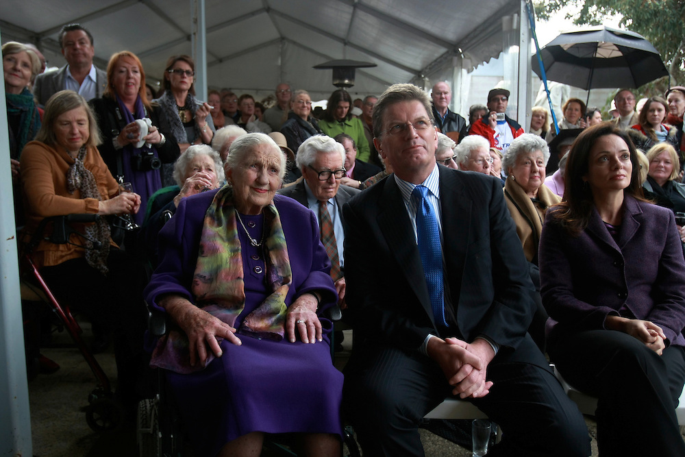 Fwd: Dame Elizabeth Murdoch and premier Ted Baillieu openning the.Elizabeth Murdoch walk. Pic by Craig Sillitoe. 18/6/2011 melbourne photographers, commercial photographers, industrial photographers, corporate photographer, architectural photographers, This photograph can be used for non commercial uses with attribution. Credit: Craig Sillitoe Photography / http://www.csillitoe.com<br />