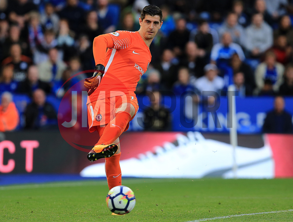 Thibaut Courtois of Chelsea - Mandatory by-line: Paul Roberts/JMP - 09/09/2017 - FOOTBALL - King Power Stadium - Leicester, England - Leicester City v Chelsea - Premier League