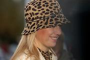 Princes Maxima opens the new Youth center in Alphen aan de Rijn.<br /> <br /> Hare Koninklijke Hoogheid Prinses M&aacute;xima der Nederlanden verricht woensdag 1 december 2004 in Alphen aan den Rijn de offici&euml;le heropening van jeugdzorginstituut Rijnhove. Het onderkomen van deze zorginstelling voor kinderen en jongeren is in twee&euml;nhalf jaar geheel gerenoveerd. Rijnhove is onderdeel van Horizon, instituut voor Jeugdzorg &amp; Onderwijs. Bij Rijnhove worden honderdvijfentwintig jongeren met ernstige ontwikkelingsproblemen begeleid en behandeld.