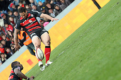 Luke McAlister converts a penalty for Toulouse. Stade Toulousain v Brive, 24eme Journee, Top 14. Stade Ernest Wallon, Toulouse, France, 21 Avril 2012.