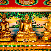 Laos :: la pagode des 3 bouddhas