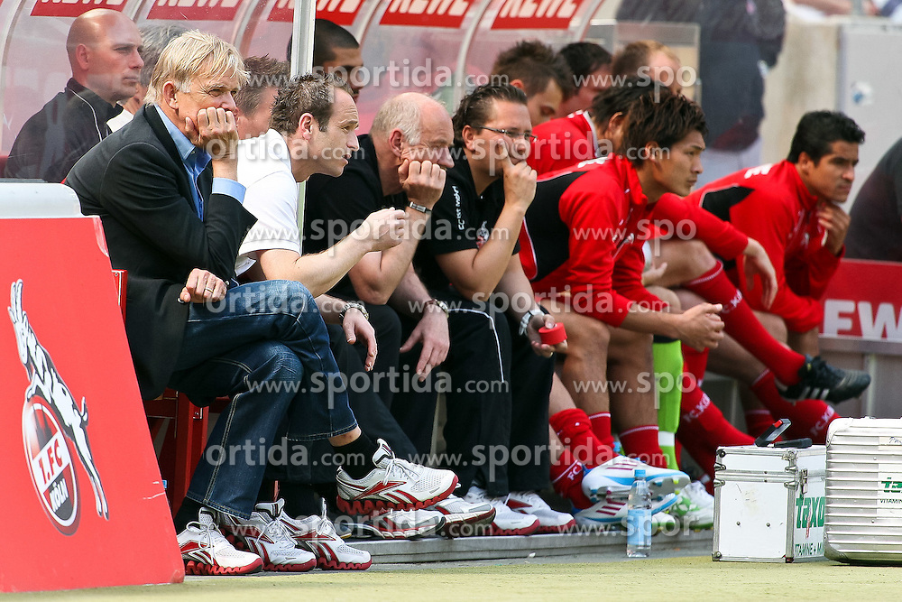 30.04.2010,  Rhein Energie Stadion, Koeln, GER, 1.FBL, FC Koeln vs Bayer 04 Leverkusen, 31. Spieltag, im Bild: Volker Finke (Trainer Koeln) (L)  EXPA Pictures © 2011, PhotoCredit: EXPA/ nph/  Mueller       ****** out of GER / SWE / CRO  / BEL ******