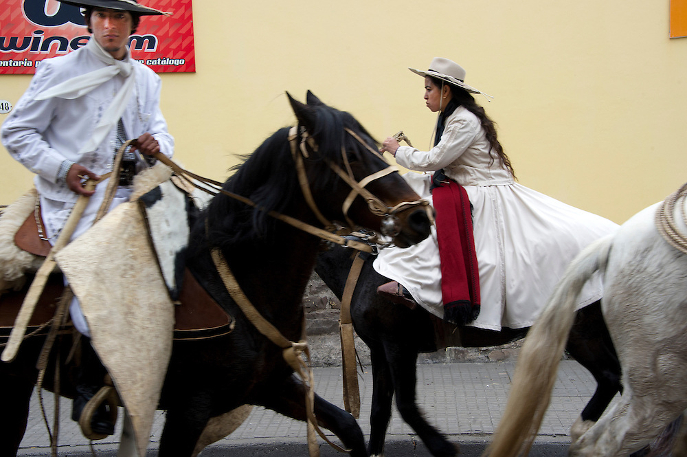 Every year on the 17th of June, about 3,000 gauchos who come to commemorate the anniversary of the death of General Guemes. More info: http://en.argentina-excepcion.com/travel-guide/guemes-anniversary-salta.html