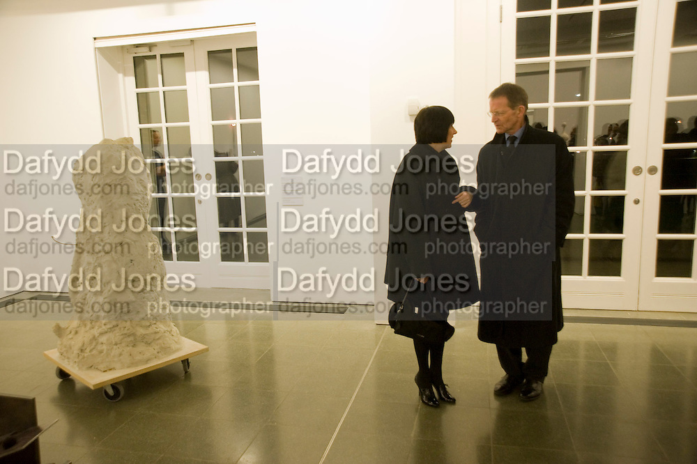 ALICE RAWTHORN; SIR NICHOLAS SEROTA, Rebecca Warren exhibition opening at the Serpentine Gallery. London.  9 March  2009 *** Local Caption *** -DO NOT ARCHIVE -Copyright Photograph by Dafydd Jones. 248 Clapham Rd. London SW9 0PZ. Tel 0207 820 0771. www.dafjones.com<br /> ALICE RAWTHORN; SIR NICHOLAS SEROTA, Rebecca Warren exhibition opening at the Serpentine Gallery. London.  9 March  2009