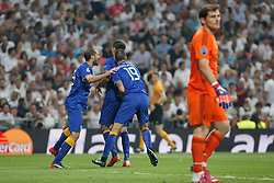 13.05.2015, Estadio Santiago Bernabeu, Madrid, ESP, UEFA CL, Real Madrid vs Juventus Turin, Halbfinale, R&uuml;ckspiel, im Bild Juventus&acute;s players celebrate Alvaro Morata&acute;s goal (1-1) // during the UEFA Champions League semi finals 2nd Leg match between Real Madrid CF and Juventus FC at the Estadio Santiago Bernabeu in Madrid, Spain on 2015/05/13. EXPA Pictures &copy; 2015, PhotoCredit: EXPA/ Alterphotos/ Victor Blanco<br /> <br /> *****ATTENTION - OUT of ESP, SUI*****