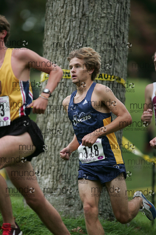 London, Ontario ---10-09-25--- Paul Janikowski  of the Windsor Lancers competes at the the 2010 Western International Cross Country meet in London, Ontario, September 28, 2010..GEOFF ROBINS Mundo Sport Images