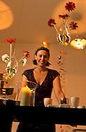 New York. Nolita district.   SHI shop by Laurie Mac Lendon   Nolita, new trendy area, the queens  of Nolita .  women designers and shops owner /   SHI boutique , Laurie Mac Lendon  americaine, boutique dans  Nolita ; le nouveau quartier à la mode. des femmes qui ont lançé le quartier - les reines de Nolita-