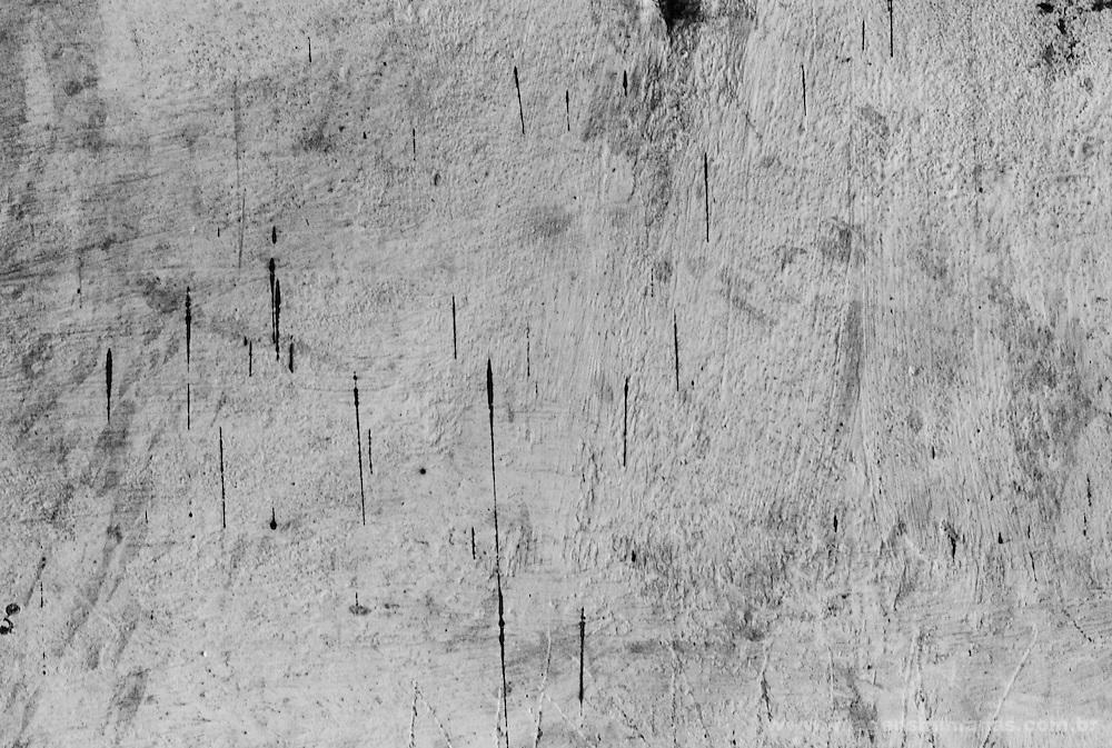 Marcas na parede das fezes doTrypanosoma cruzi, - parasita que transmite o mal de chagas que na na América latina é conhecido popularmente pelos nomes de vinchuca, chupao, chinchorro, bandola, chinche, picuda o chirima.Combate ao Mal de Chagas feito pela Brigada Provincial de Luta contra o Mal de Chagas em Santiago Del Estero , Argentina