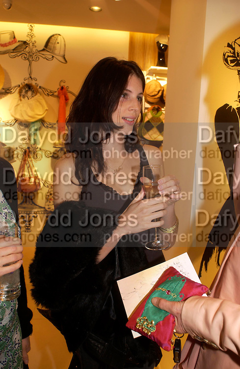 Liberty Ross. H&M Flagship Store launch. at 17-21 Brompton Road, Knightsbridge. London. SW1. 23  March 2005. ONE TIME USE ONLY - DO NOT ARCHIVE  © Copyright Photograph by Dafydd Jones 66 Stockwell Park Rd. London SW9 0DA Tel 020 7733 0108 www.dafjones.com