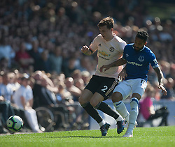 Victor Lindelof of Manchester United (L) and Theo Walcott of Everton in action - Mandatory by-line: Jack Phillips/JMP - 21/04/2019 - FOOTBALL - Goodison Park - Liverpool, England - Everton v Manchester United - English Premier League