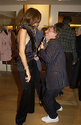 Trinny Woodall and Jasper Conran. Christopher Bailey hosts a party to celebrate the launch of ' The Snippy World of New Yorker Fashion Artist Michael Roberts' Burberry, New Bond St.  London. 19  September 2005. ONE TIME USE ONLY - DO NOT ARCHIVE © Copyright Photograph by Dafydd Jones 66 Stockwell Park Rd. London SW9 0DA Tel 020 7733 0108 www.dafjones.com