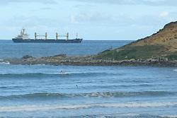 Cargueiro em frente a praia da Ribanceira no municipio de Imbituba, SC. FOTO: Jefferson Bernardes / Preview.com