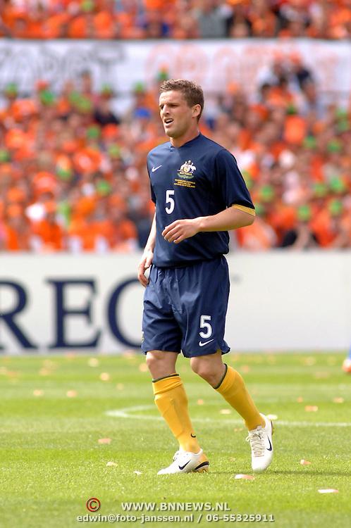 NLD/Rotterdam/20060604 - Vriendschappelijke wedstrijd Nederland - Australie, Jason Culina (5)