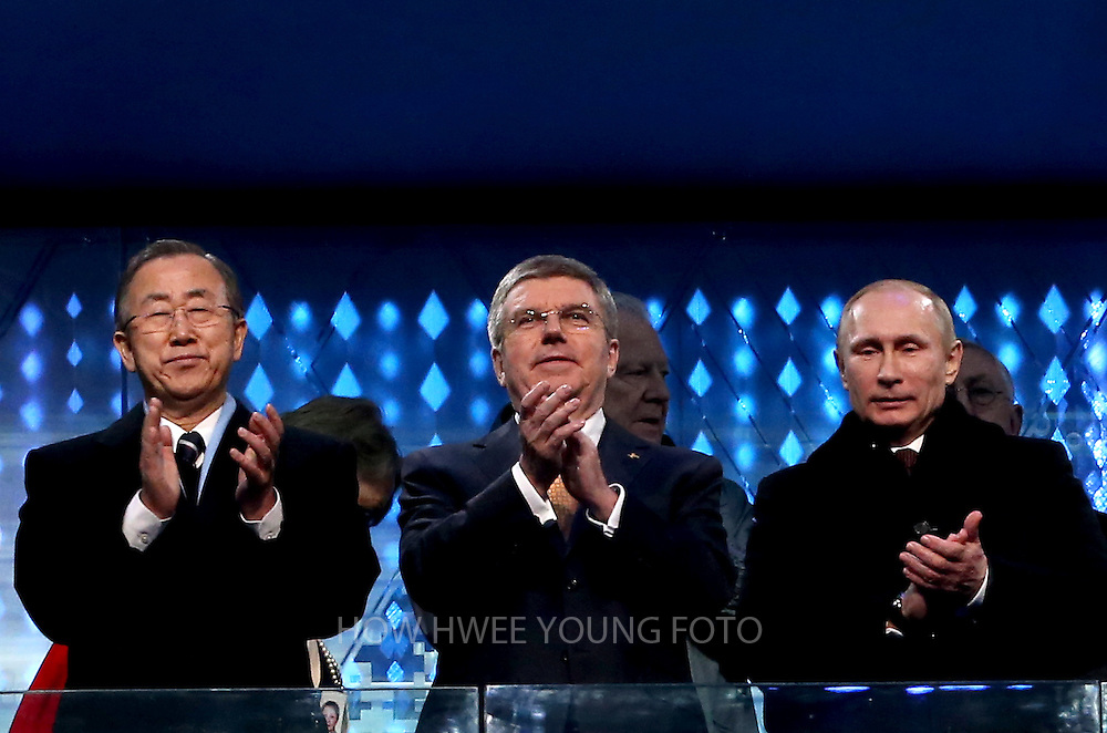 epa04060484 UN Secretary General Ban Ki-Moon (L), Russian President Vladimir Putin and IOC president Thomas Bach (C) after Putin declared the games open during the Opening Ceremony of the Sochi 2014 Olympic Games at the Fisht Olympic Stadium, Sochi, Russia, 07 February 2014.  EPA/HOW HWEE YOUNG