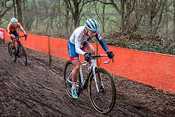 Evie RICHARDS of Great Britain racing in the mud with her white Trek during the Women Under 23 race, UCI Cyclo-cross World Championships at Valkenburg, the Netherlands, 3 February 2018. Photo by Pim Nijland / PelotonPhotos.com | All photos usage must carry mandatory copyright credit (Peloton Photos | Pim Nijland)