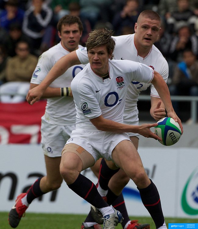 Freddie Burns seals victory for England as he goes over for the decisive try during the England V Ireland group stage match at Estadio El Coloso del Parque, Rosario, Argentina, during the IRB Junior World Championships. 9th June 2010. Photo Tim Clayton....