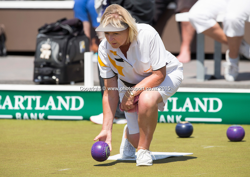 Browns Bay`s Elaine McClintock plays in the National Open Bowls Championship 2014, Browns Bay Auckland, New Zealand, Sunday, January 04, 2015. Photo: David Rowland/www.photosport.co.nz