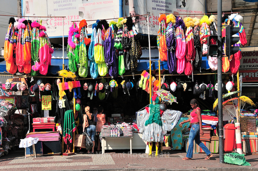 Last days before Carnival, the boutiques from Madureira district are selling all accessories and costumes for thoses than did't manage to create their own fantasy. The poorest will wear second hand costumes from the former carnival..