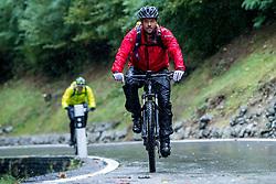 13-09-2017 SUI: BvdGF Tour du Mont Blanc day 5, Champex<br /> Deze etappe wordt volledig in Zwitserland verreden en bevat enkele mooie trails. We eindigen bergop waar er in Champex werd overnacht. Xander