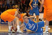 DESCRIZIONE : Pomezia Nazionale Italia Donne Torneo Citt&agrave; di Pomezia Italia Olanda<br /> GIOCATORE : Lavinia Santucci<br /> CATEGORIA : rimbalzo lotta<br /> SQUADRA : Italia Nazionale Donne Femminile<br /> EVENTO : Torneo Citt&agrave; di Pomezia<br /> GARA : Italia Olanda<br /> DATA : 26/05/2012 <br /> SPORT : Pallacanestro<br /> AUTORE : Agenzia Ciamillo-Castoria/ElioCastoria<br /> Galleria : FIP Nazionali 2012<br /> Fotonotizia : Pomezia Nazionale Italia Donne Torneo Citt&agrave; di Pomezia Italia Olanda<br /> Predefinita :