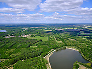 Nederland, Noord-Brabant, Tilburg-Noord; 14–05-2020; recreatiegebied Noorderbos, aangelegd op voormalige vloeivelden (gebruikt voor waterzuivering). Noorderplas in de voorgrond.<br /> <br /> Noorderbos recreation area, built on former flow fields (used for water purification).<br /> <br /> luchtfoto (toeslag op standaard tarieven);<br /> aerial photo (additional fee required)<br /> copyright © 2020 foto/photo Siebe Swart