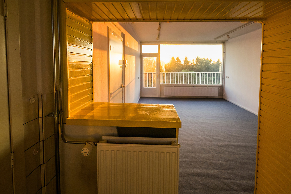 Nederland, Zeist, 14 dec 2016<br /> Lege te koop staande woning in flat in wijk Kerckebosch in Zeist.<br /> <br /> Foto: (c) Michiel Wijnbergh