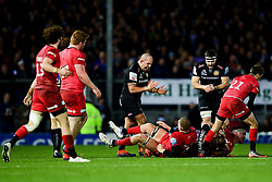 Luke Cowan-Dickie of Exeter Chiefs wins possession of the ball back from Saracens - Mandatory by-line: Ryan Hiscott/JMP - 29/12/2019 - RUGBY - Sandy Park - Exeter, England - Exeter Chiefs v Saracens - Gallagher Premiership Rugby
