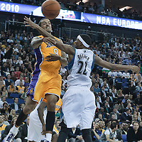 04 October 2010: Los Angeles Lakers forward Matt Barnes delivers the ball past Minnesota Timberwolves guard Corey Brewer during the Minnesota Timberwolves 111-92 victory over the Los Angeles Lakers, during 2010 NBA Europe Live, at the O2 Arena in London, England.