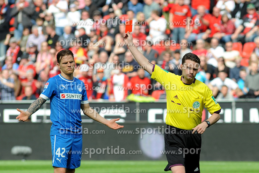 20.04.2013, BayArena, Leverkusen, GER, 1. FBL, Bayer 04 Leverkusen vs TSG 1899 Hoffenheim, 30. Runde, im Bild Schiedsrichter Guido Winkman ( rechts ) zeigt Eugen Polanski ( links TSG Hoffenheim/ Action/ Aktion ) die rote Karte. // during the German Bundesliga 30th round match between Bayer 04 Leverkusen and TSG 1899 Hoffenheim at the BayArena, Leverkusen, Germany on 2013/04/20. EXPA Pictures © 2013, PhotoCredit: EXPA/ Eibner/ Thomas Thienel..***** ATTENTION - OUT OF GER *****