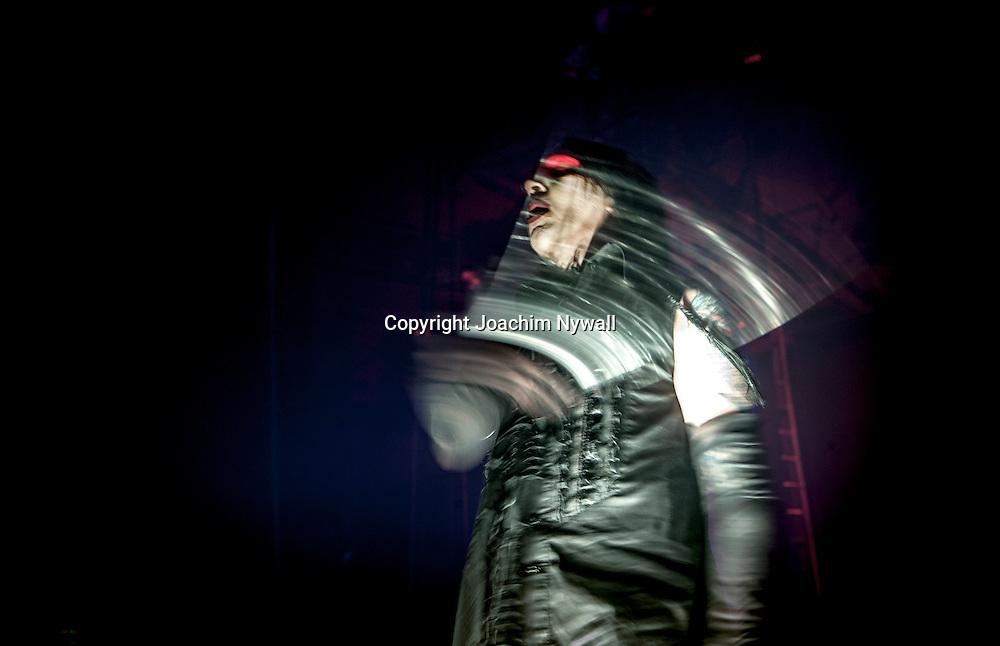 2007 12 17 G&ouml;teborg Scandinavium<br /> <br /> Marilyn Manson vocals<br /> <br /> ----<br /> FOTO : JOACHIM NYWALL KOD 0708840825_1<br /> COPYRIGHT JOACHIM NYWALL<br /> <br /> ***BETALBILD***<br /> Redovisas till <br /> NYWALL MEDIA AB<br /> Strandgatan 30<br /> 461 31 Trollh&auml;ttan<br /> Prislista enl BLF , om inget annat avtalas.