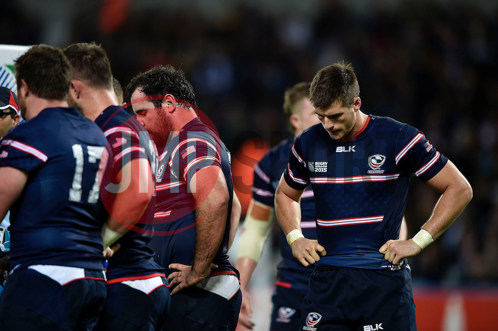 USA players look dejected after conceding a try - Mandatory byline: Patrick Khachfe/JMP - 07966 386802 - 07/10/2015 - RUGBY UNION - The Stadium, Queen Elizabeth Olympic Park - London, England - South Africa v USA - Rugby World Cup 2015 Pool B.