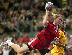 01.06.2016 , Olympiaworld, Innsbruck, AUT, EHF, Frauen EM Qualifikation, Österreich vs Spanien, im Bild v.l.n.r.: Mirela Dedic (Österreich) und Alexandrina Cabral Barbosa (Spanien) // during the during the EHF womens Handball Euro Qualification match between Austria and Spain at the Olympiaworld in Innsbruck, Austria on 2016/06/01. EXPA Pictures © 2016, PhotoCredit: EXPA/ Jakob Gruber