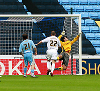 Photo: Mark Stephenson.<br /> Coventry City v Hull City. Coca Cola Championship. 18/08/2007.Hull's Nick Barmby (out of shot ) scores for 1-1