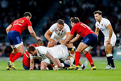 England Inside Centre Sam Burgess in action at th ebreakdown - Mandatory byline: Rogan Thomson/JMP - 07966 386802 - 15/08/2015 - RUGBY UNION - Twickenham Stadium - London, England - England v France - QBE Internationals 2015.
