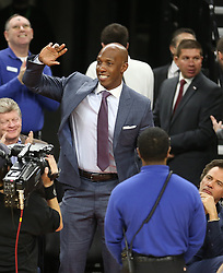 Former Detroit Pistons star Chauncey Billups waves to fans during action against the Denver Nuggets on Wednesday, Feb. 10, 2016, at The Palace of Auburn Hills in Auburn Hills, Mich. (Photo by Kirthmon F. Dozier/Detroit Free Press/TNS) *** Please Use Credit from Credit Field ***