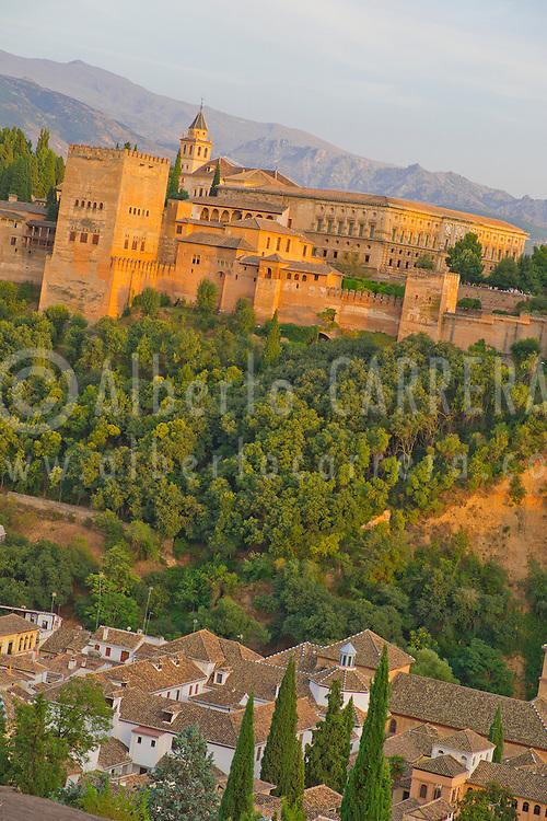 Alberto Carrera, View of La Alhambra from Mirador de San Nicolás, Albaicín Neighborhood, Albaycín, Albayzín, UNESCO World Heritage Site, Granada, Andalucía, Spain, Europe